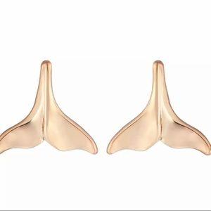 Jewelry - Fin Earrings